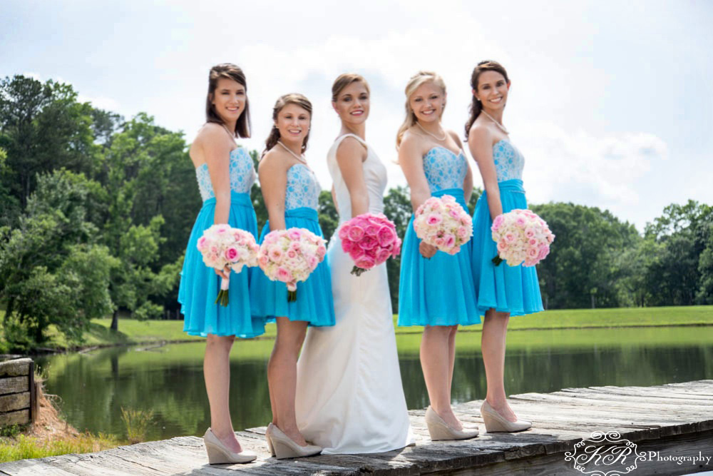 bride and bridesmaids taylor farms