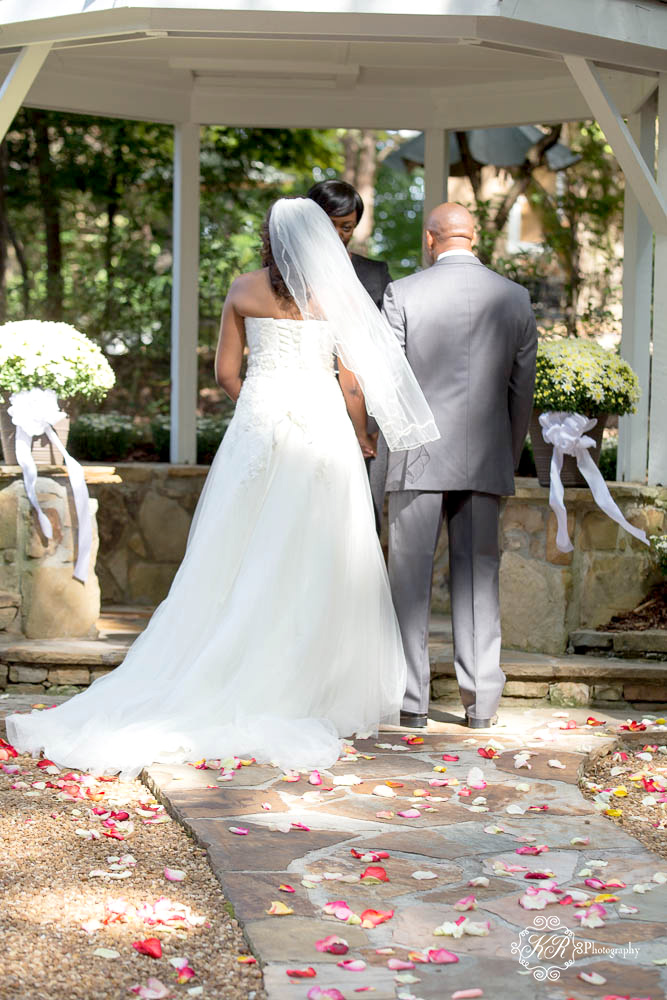 Wedding at the gardens at kennesaw mountain evans - The gardens at kennesaw mountain ...